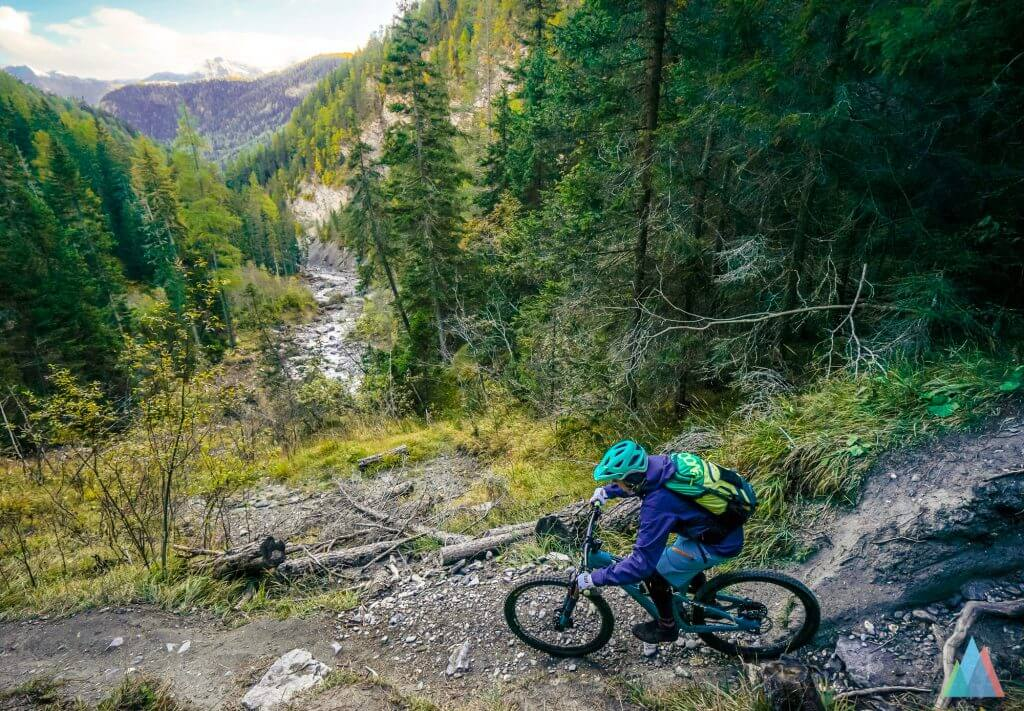 scuol-mtb-bike-fuorcla-champatsch-val-sinestra-tina-gerber