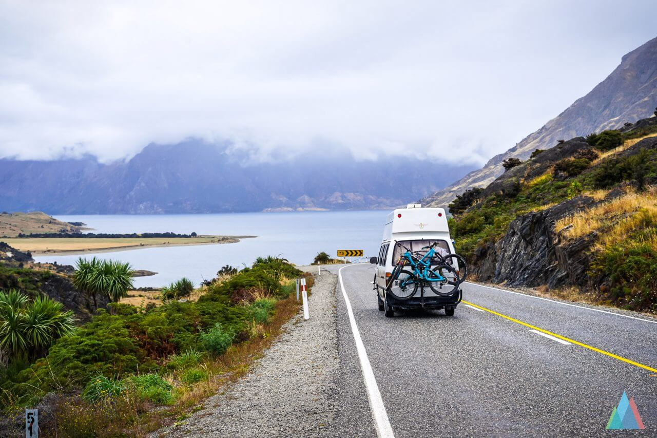 campermate-roadtrip-vanlife-new-zealand-lake-wanaka