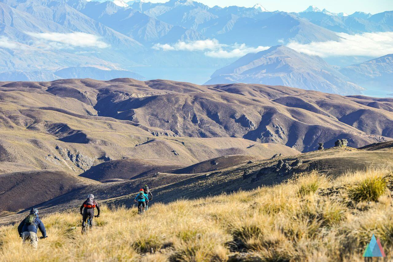 wanaka-new-zealand-mtb-trails-heli-bike-backcountry