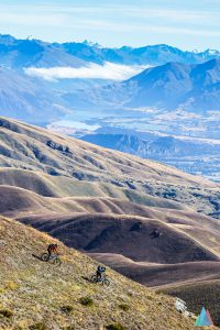 wanaka-new-zealand-mtb-trails-heli-bike-mt-pisa-ridge-2