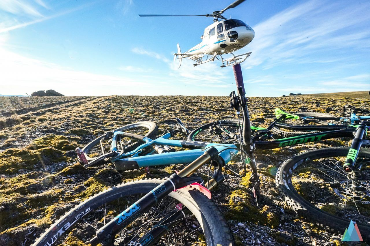 wanaka-new-zealand-mtb-trails-heli-bike-yeti-sb6c