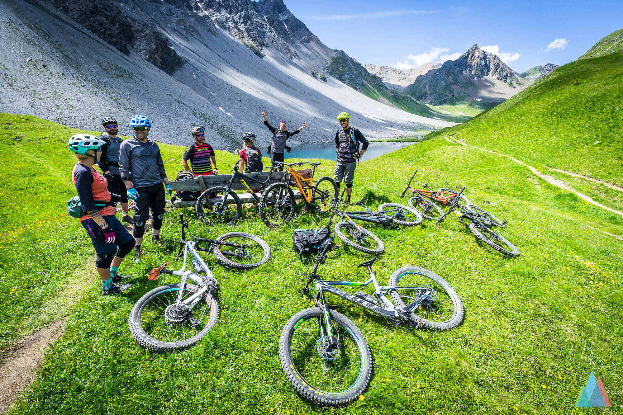 mtb-bahnentour-arosa-lenzerheide-älplisee-bike-gruppe
