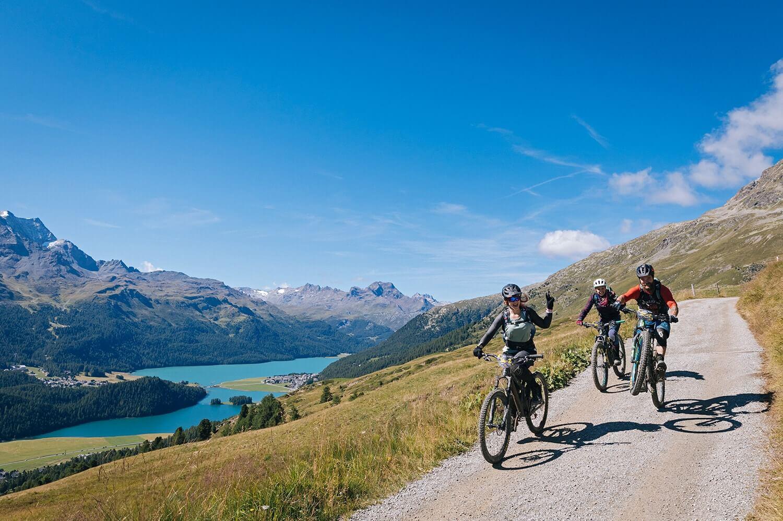 TrailGames-St.Moritz-Engadin-mtb-panorama-silvaplana